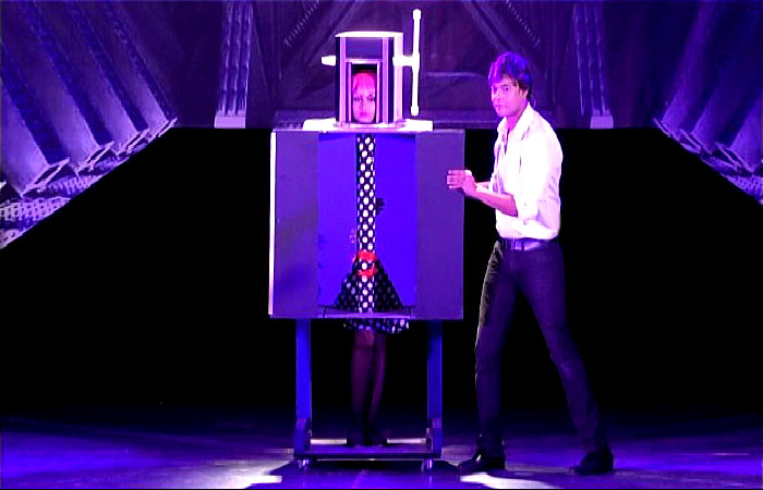Large Scale Corporate Event Entertainment in India - Illusionist Sourav Burman